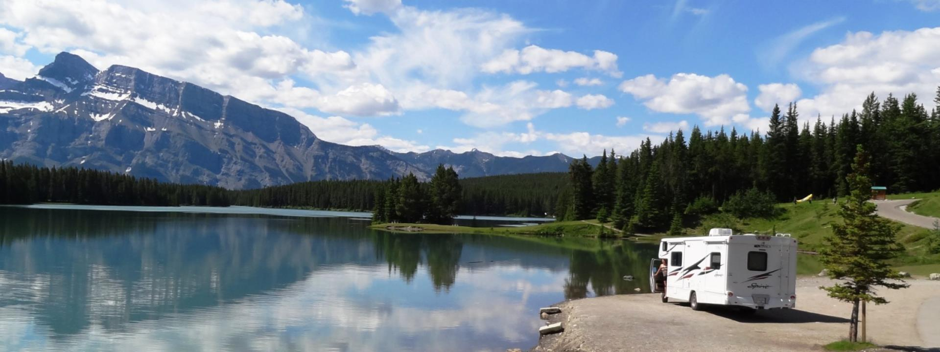 609bb94ec7a Travelhome | Two Jack Lake Banff
